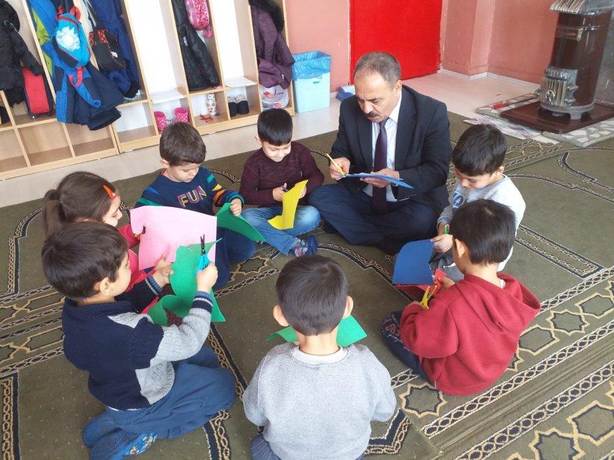 iscandan-okullara-bir-dizi-ziyaret-(3).jpg