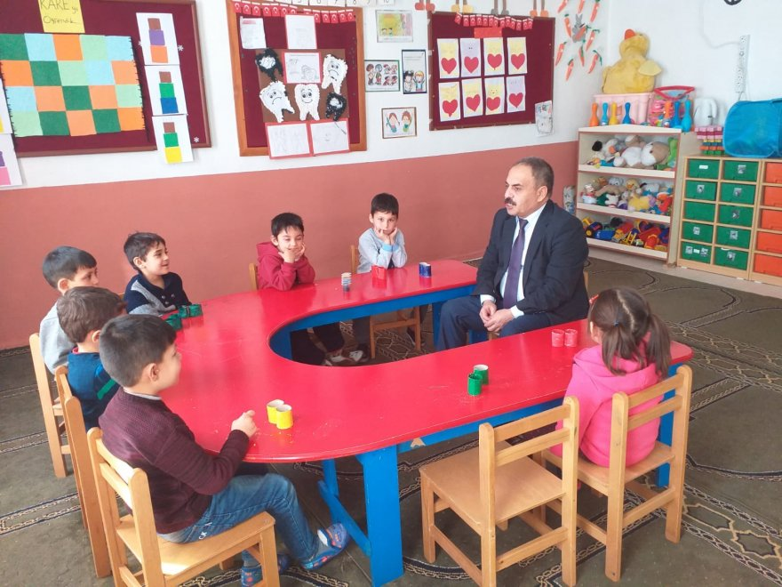 iscandan-okullara-bir-dizi-ziyaret-(5).jpg