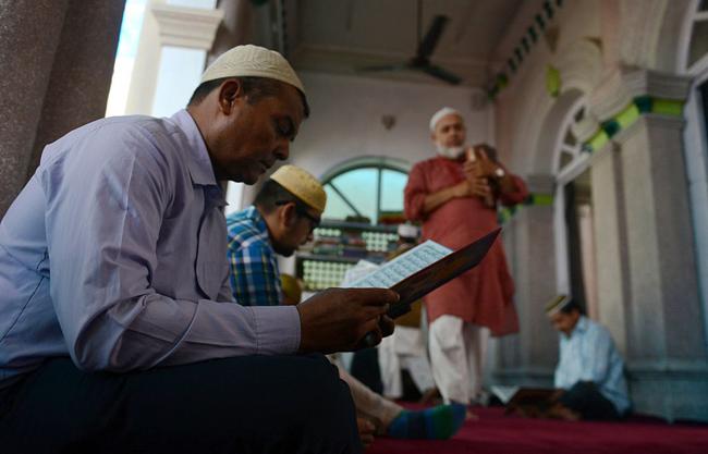 islam-dunyasi.jpg