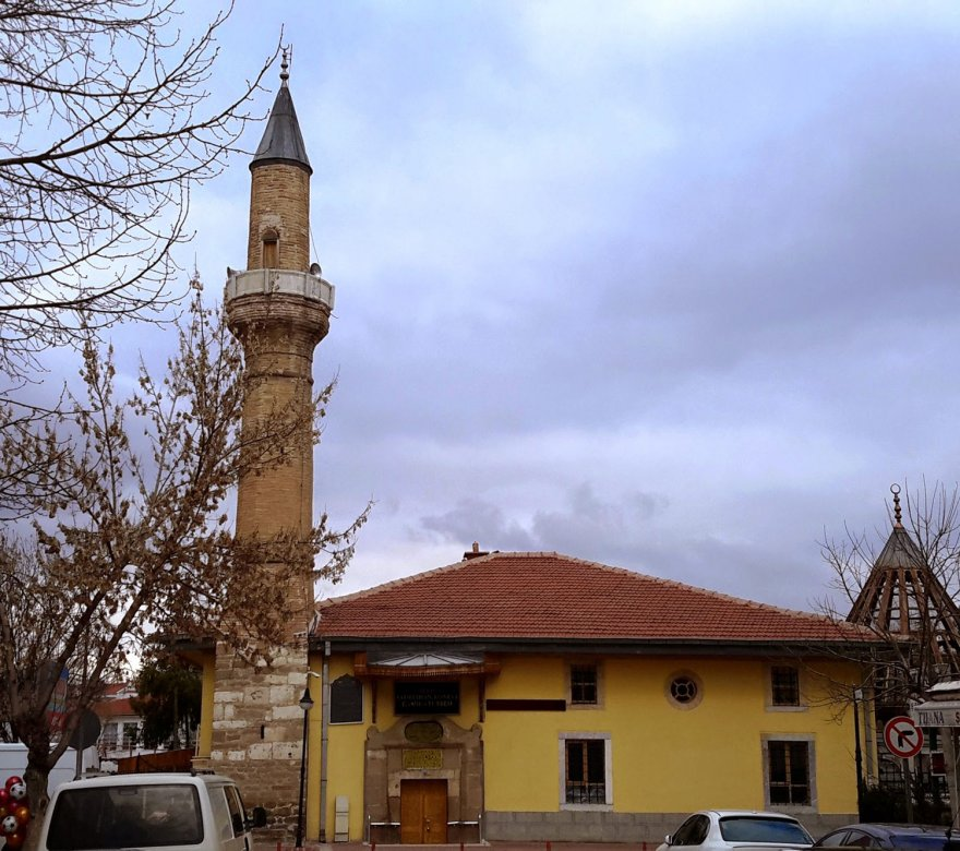 konevi-camii-4.jpg