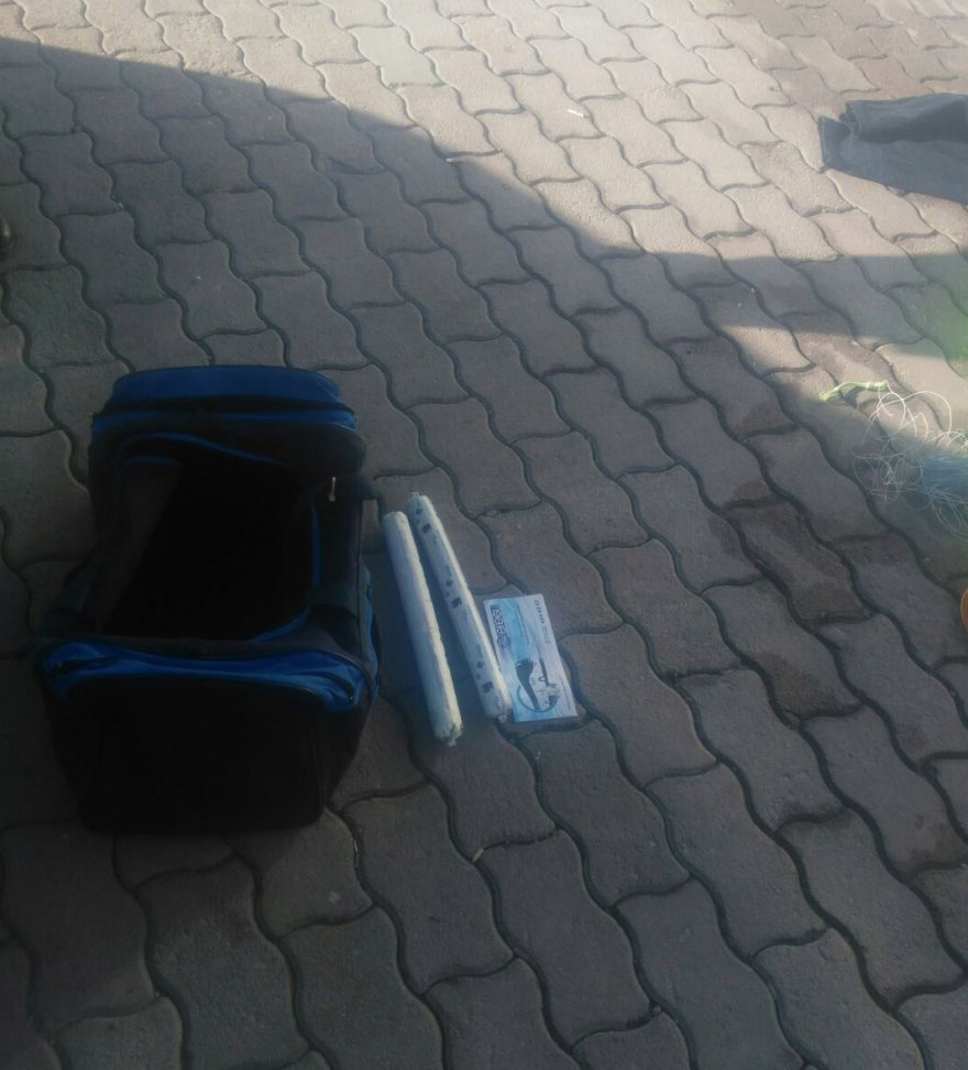 otobuste-valizinde-dinamit-bulunan-yolcu-tutuklandi-_5788_dhaphoto2.jpg