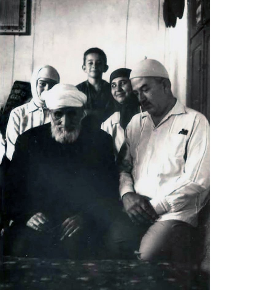 yasar-gokcek-ailesi-ve-ladikli-ahmet-aga.jpg