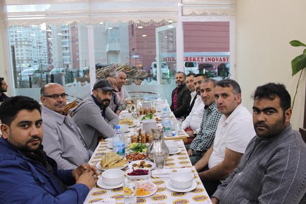 yigit-turkoglu'ndan-iftar--3.jpg